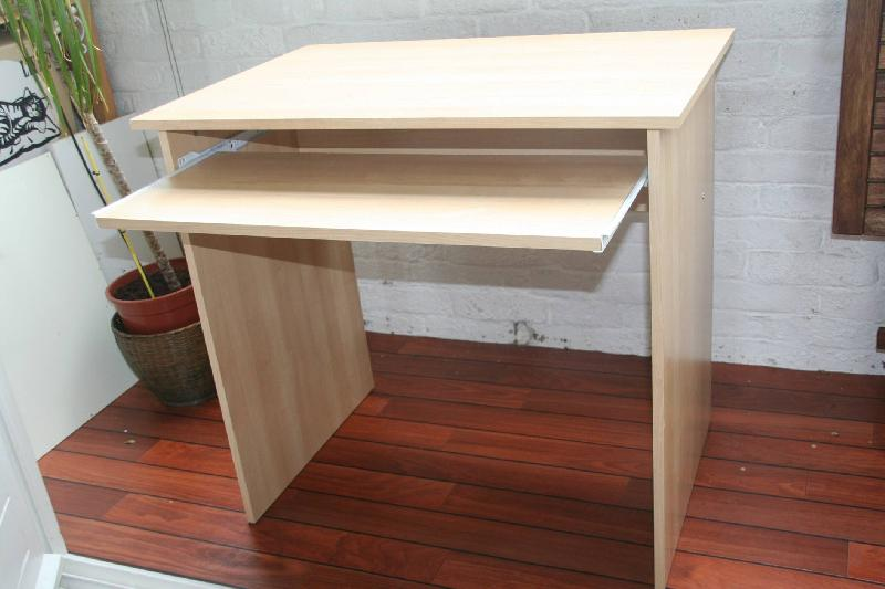 Photo bureau table