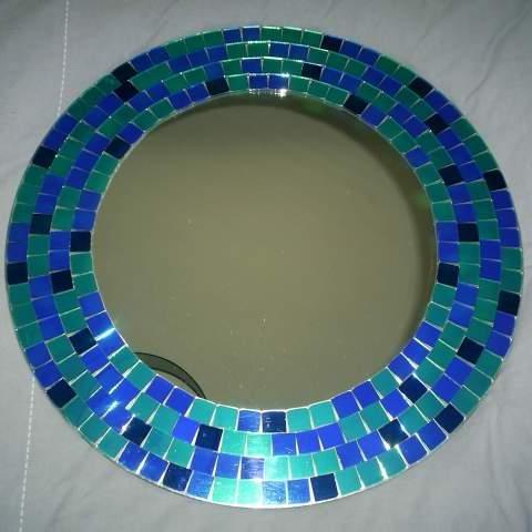 Photo donne 1 miroir rond encadrement en mosa que bleue for Miroir rond mosaique