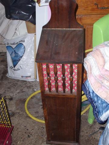 photo banette a pain parfaite etat bois vernis fonc. Black Bedroom Furniture Sets. Home Design Ideas