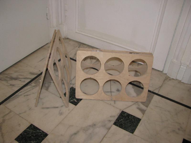 photo 2 porte bouteilles en bois ikea hauteur 25 cm lo. Black Bedroom Furniture Sets. Home Design Ideas