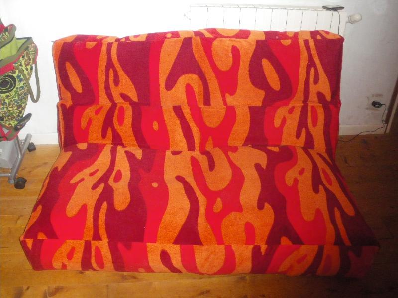 photo donne un canp 2 places gonflable de marque ikea. Black Bedroom Furniture Sets. Home Design Ideas