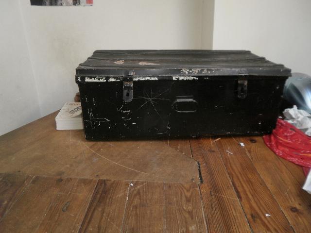 bureau sommier donner nimes. Black Bedroom Furniture Sets. Home Design Ideas