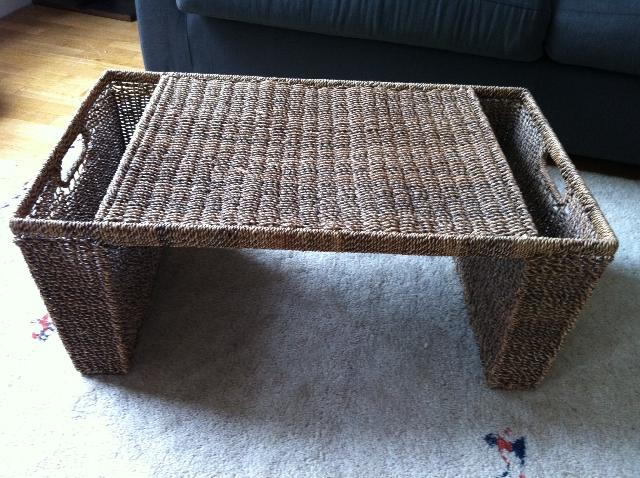 table basse en osier donner asnieres sur seine. Black Bedroom Furniture Sets. Home Design Ideas