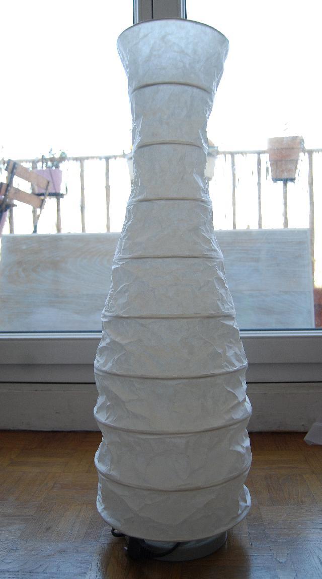 Ikea lampe papier lampe ikea blanche u00e0 donner u00e0 fresnes - Lampe en papier ikea ...