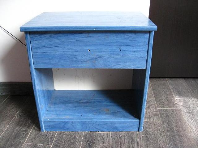 table de nuit bleue