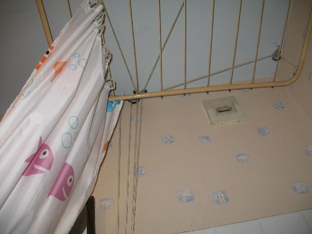 photo etendoir 224 linge 224 fixer au plafond avec syst 232 me d