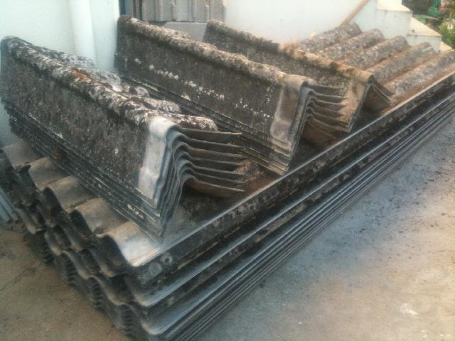 Photo donne toles fibro ciment environ 15 plaques de 2 - Plaque fibro ciment brico depot ...
