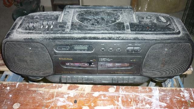 photo donne gros poste radio cassette cd fonctionnan. Black Bedroom Furniture Sets. Home Design Ideas
