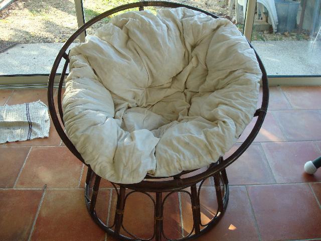 loveuse donner saint marcel d ard che. Black Bedroom Furniture Sets. Home Design Ideas