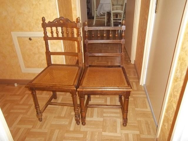 chaises donner elancourt. Black Bedroom Furniture Sets. Home Design Ideas