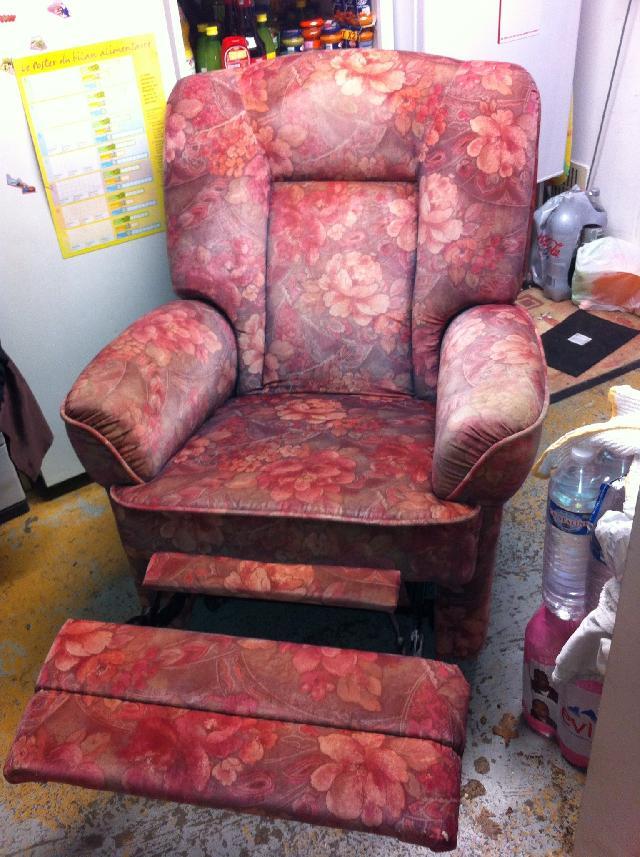 fauteuil relax m canique donner cesson. Black Bedroom Furniture Sets. Home Design Ideas
