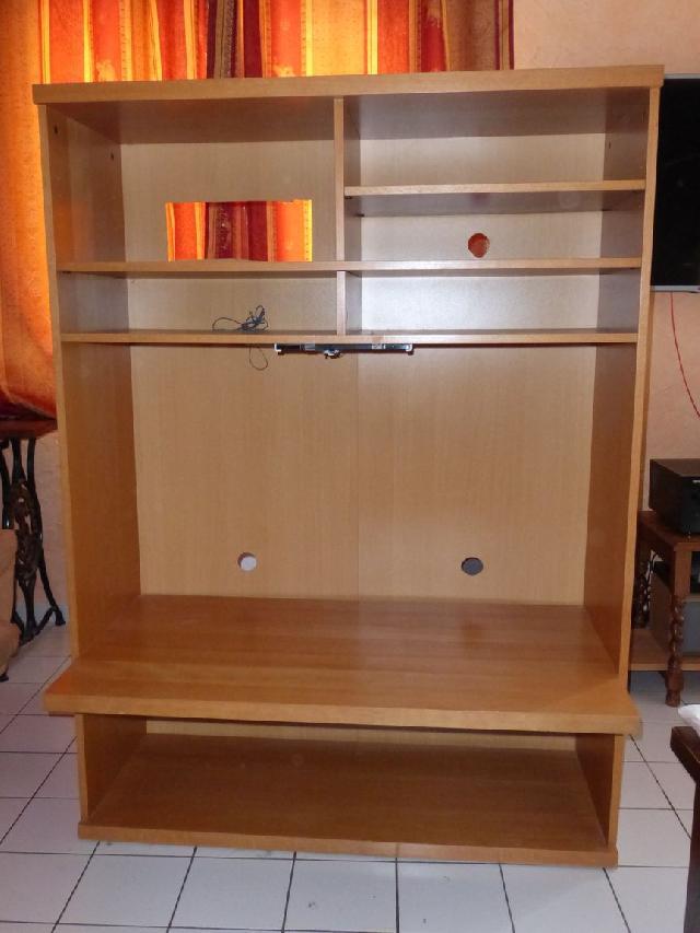 photo meuble tv. Black Bedroom Furniture Sets. Home Design Ideas