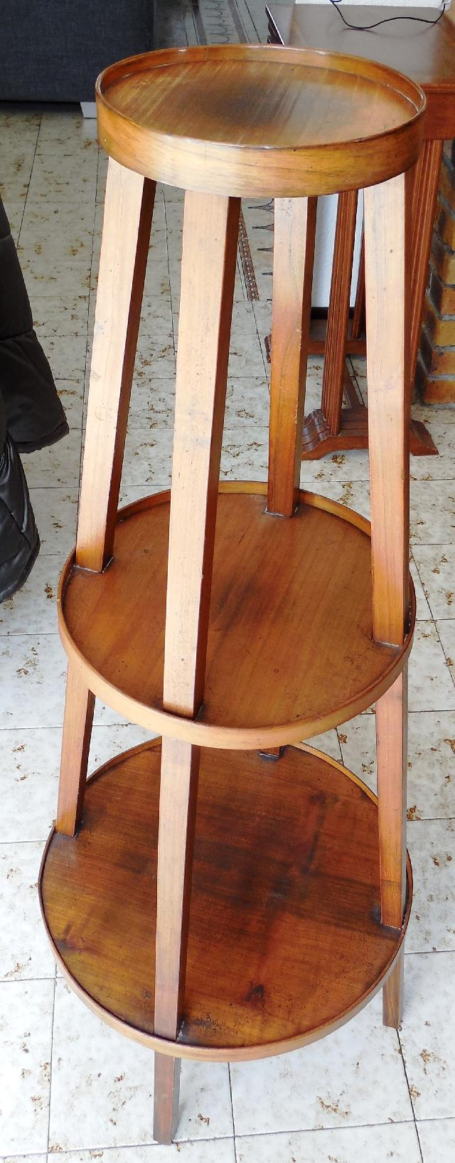 Photo meuble lampe for Petit meuble pour lampe de salon