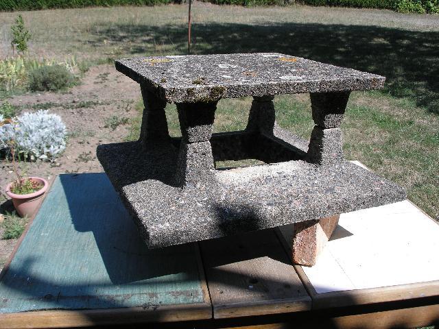 Photo chapeau de chemin e - Chapeau de cheminee en beton ...
