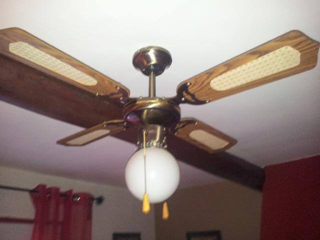 lustre ventilateur donner fuveau. Black Bedroom Furniture Sets. Home Design Ideas
