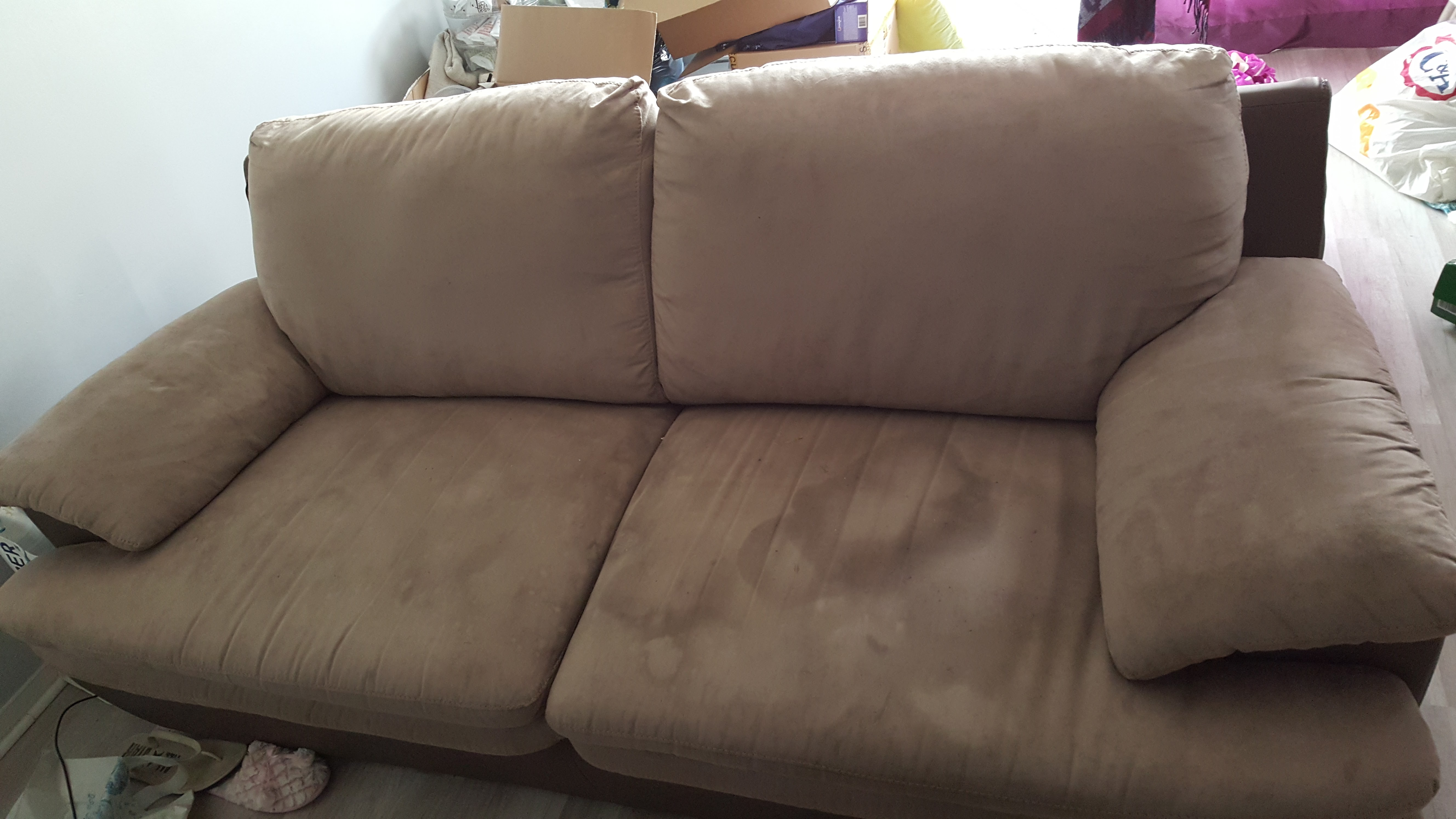 Renover un canap en tissu fabulous nettoyer un canap en - Nettoyer canape tissu vapeur ...