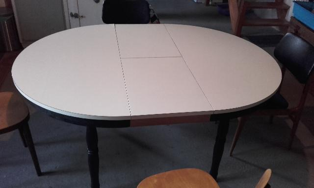 Photo table for Table ronde escamotable