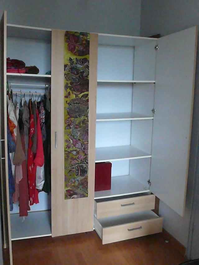 armoire penderie donner l 39 ile saint denis. Black Bedroom Furniture Sets. Home Design Ideas