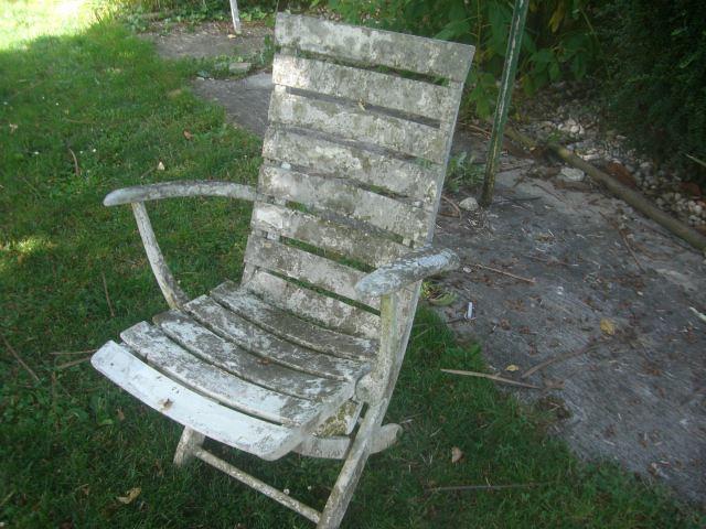 chaise donner saint clair de la tour. Black Bedroom Furniture Sets. Home Design Ideas