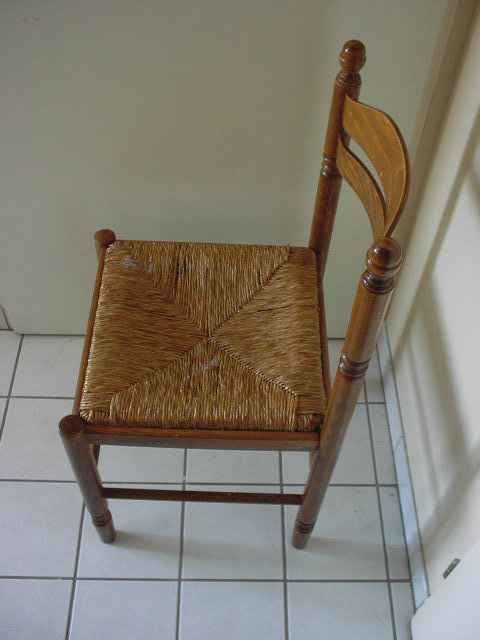 chaise cintre donner dijon. Black Bedroom Furniture Sets. Home Design Ideas