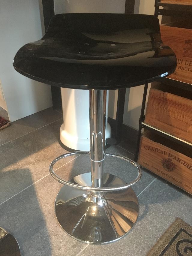 chaises donner paris06. Black Bedroom Furniture Sets. Home Design Ideas
