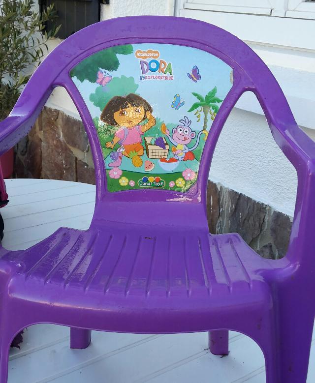 chaise donner mnochy au bois. Black Bedroom Furniture Sets. Home Design Ideas