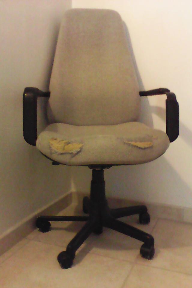 chaise de bureau donner vence. Black Bedroom Furniture Sets. Home Design Ideas