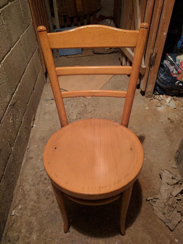 chaises donner marseille. Black Bedroom Furniture Sets. Home Design Ideas