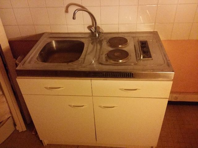 meuble de cuisine avec evier et plaques de cuisson. Black Bedroom Furniture Sets. Home Design Ideas