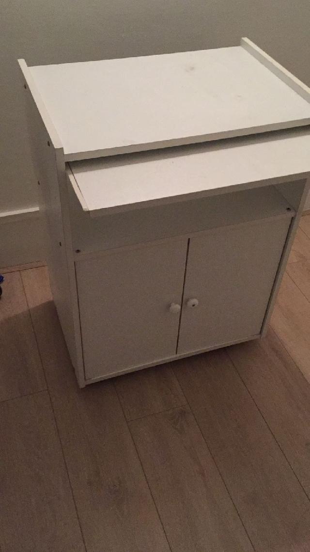 meuble donner lyon. Black Bedroom Furniture Sets. Home Design Ideas