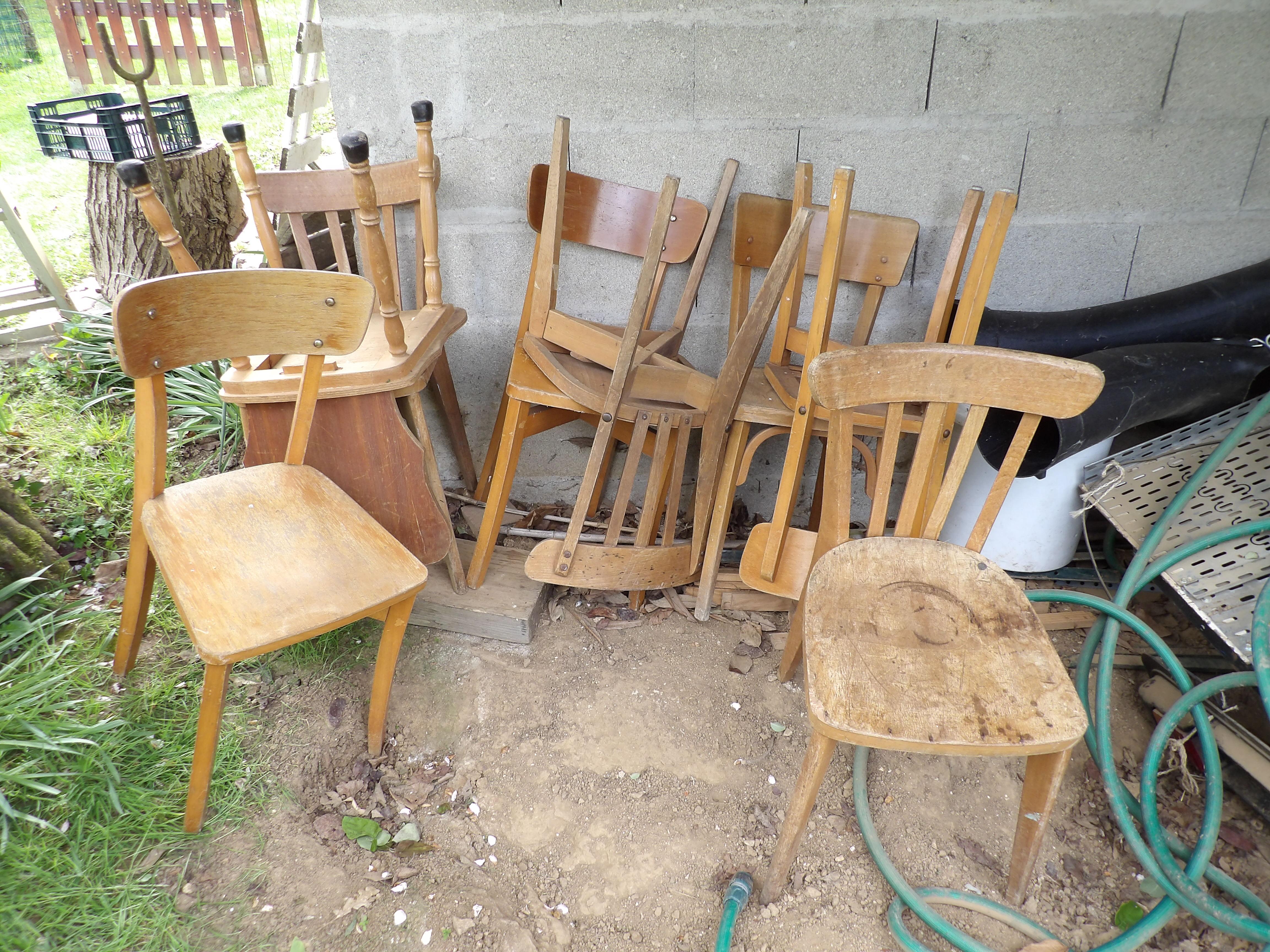 chaises donner voulangis. Black Bedroom Furniture Sets. Home Design Ideas