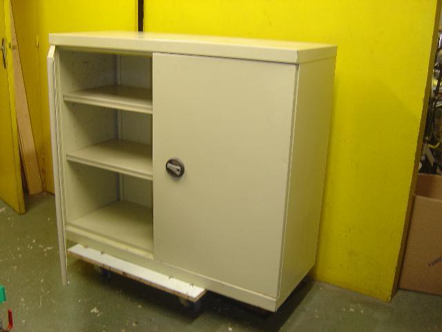 meuble etagere donner cachan. Black Bedroom Furniture Sets. Home Design Ideas