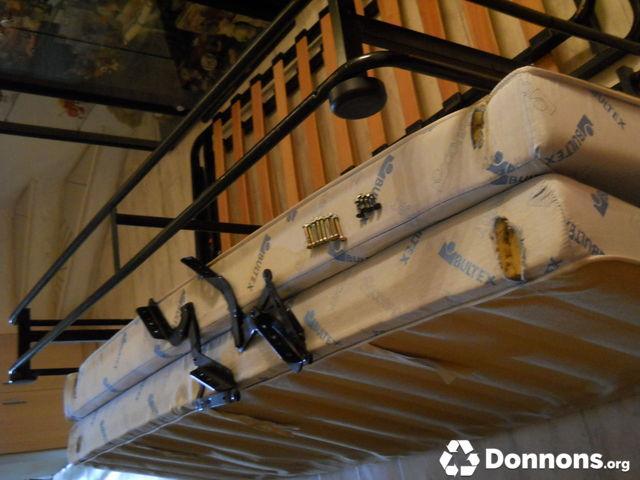 Photo clic clac matelas - Structure clic clac sans matelas ...