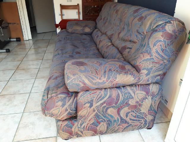 photo clic clac. Black Bedroom Furniture Sets. Home Design Ideas