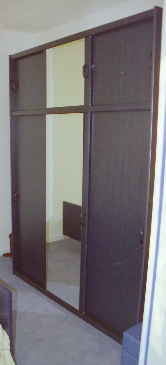 armoire etageres donner saint mathurin sur loire. Black Bedroom Furniture Sets. Home Design Ideas