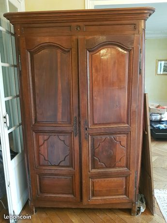 amenagement interieur armoire ancienne relooking dco. Black Bedroom Furniture Sets. Home Design Ideas
